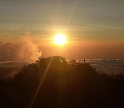 ascension du mont batur top avec balilabelle