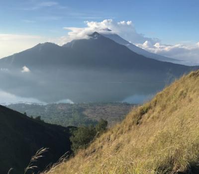 escalader le mont Batur est en effet très charmant