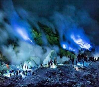randonnée du mont ijen avec les mineurs du soufre