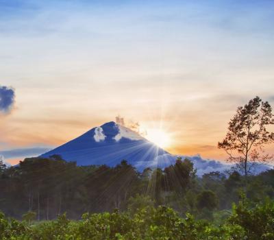 randonnée majestueuse des montagnes de bali (3142m) le soleil se lève, MONT AGUNG