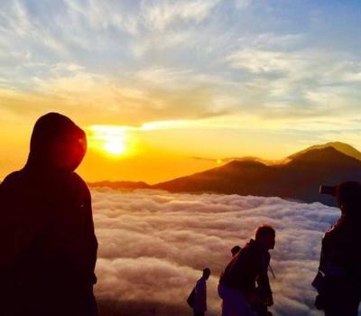 escalade du mont batur combinaison les visites