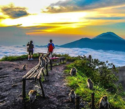 escalade du mont batur avec vous,  panorama le lever de soleil