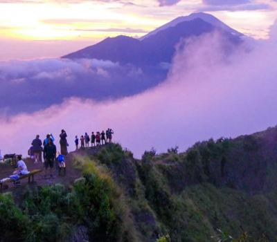 Randonnée à Bali mont Batur est très incroyable, surtout avec le lever du soleil