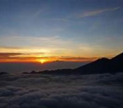 une randonnée très agréable sur le mont Batur avec lever de soleil,balilabelle