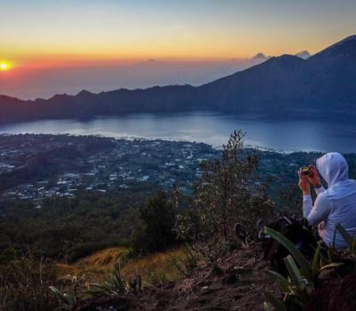 voyage à bali Lever de soleil  au sommet du mont batur-balilabelle