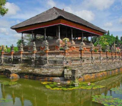 randonnée  à sidemen les rizierres en terrasses a la basse du mont agung