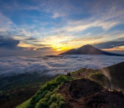 l'ascension du mont batur extraordinaire le soleil levant