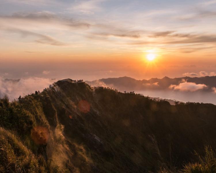 mont batur randonnée beau lever de soleil, balilabelle