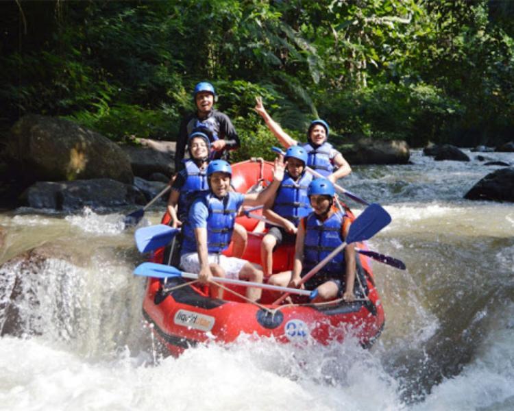 randonnée à bali mont batur avec du raftng dans la riviere d'ayung,balilabelle