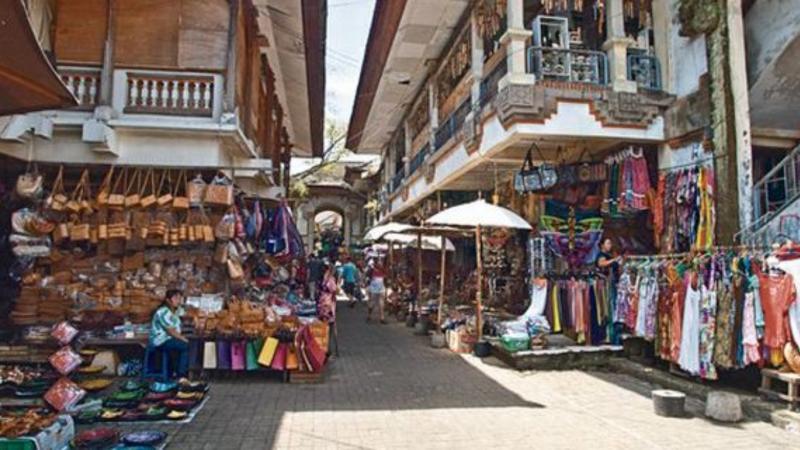 Visitez Ubud Village et ses environs avec un guide francophone balinais-balilabelle