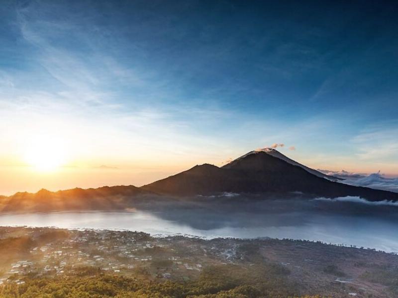 Bali randonnée au Mont Batur  et lever de soleil  avec un guide expérimenté