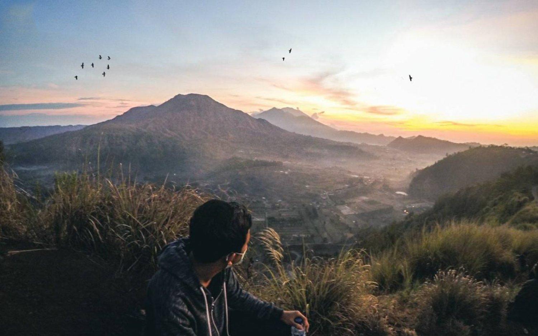 très charmant avec le beau lever de soleil, randonnée mont batur