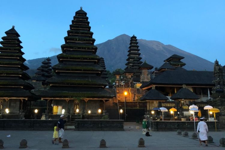 voyager à Bali en famille avec un chauffeur guide francophone-balilabelle