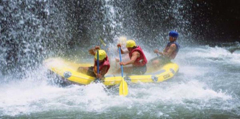 ascension le mont batur et rafting telaga waja