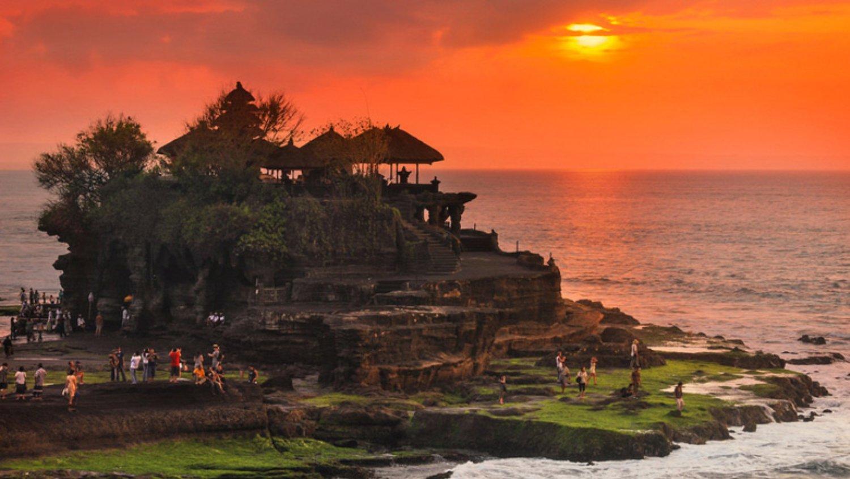 faire la balade  à jatiluwih- tanah lot coucher de soleil