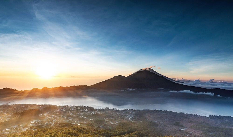 ascension du mont Batur avec une vue charmante