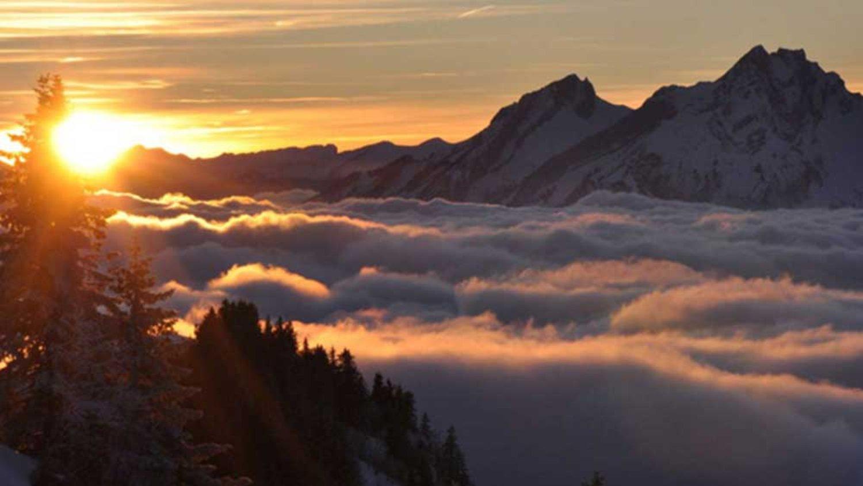 mont Batur avec une belle vue entre la montagne et le lac ,nos conseils pour la randonnée