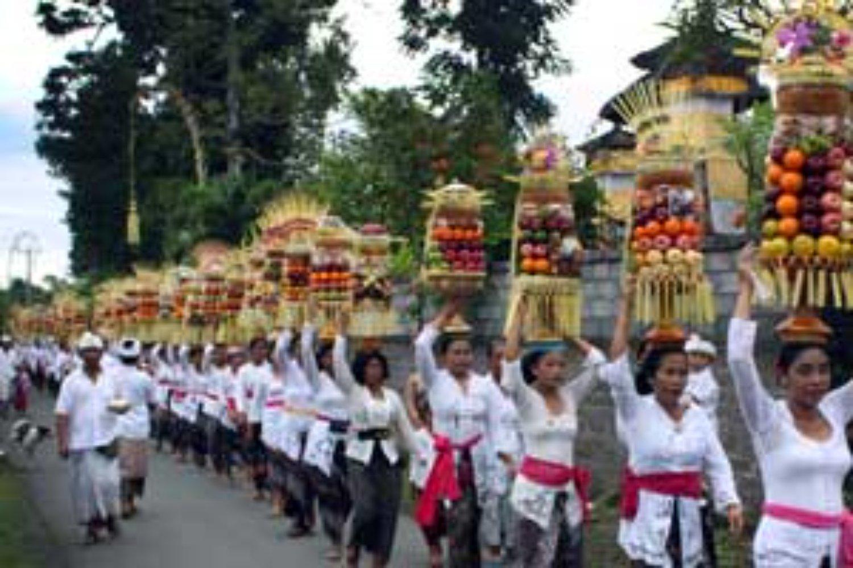 Rituels religieux hindous à Bali