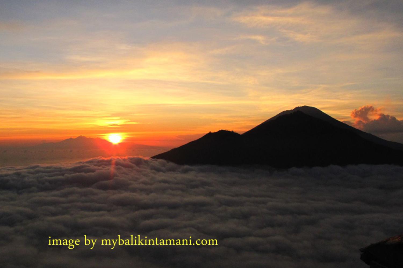 magnifique lever de soleil panoramique le matin au mont batur,nos conseils d'ascension