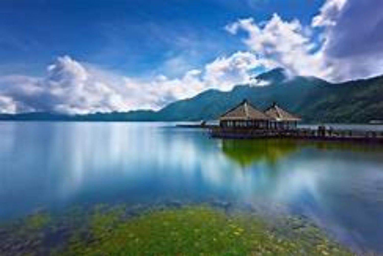 ascension du mont batur,  la beauté du lac Batur et le lever du soleil