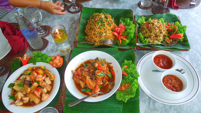 randonnée au village d'ubud et cours de cuisine avec un guide francophone  balinais-balilabelle