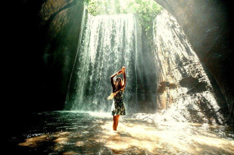 top randonnée dans le village de sidemen et belle cascade cepung, balilabelle