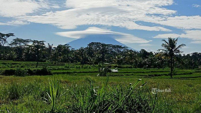 tres belle randonée mont lempuyang a la basse du volcan agung,balilabelle