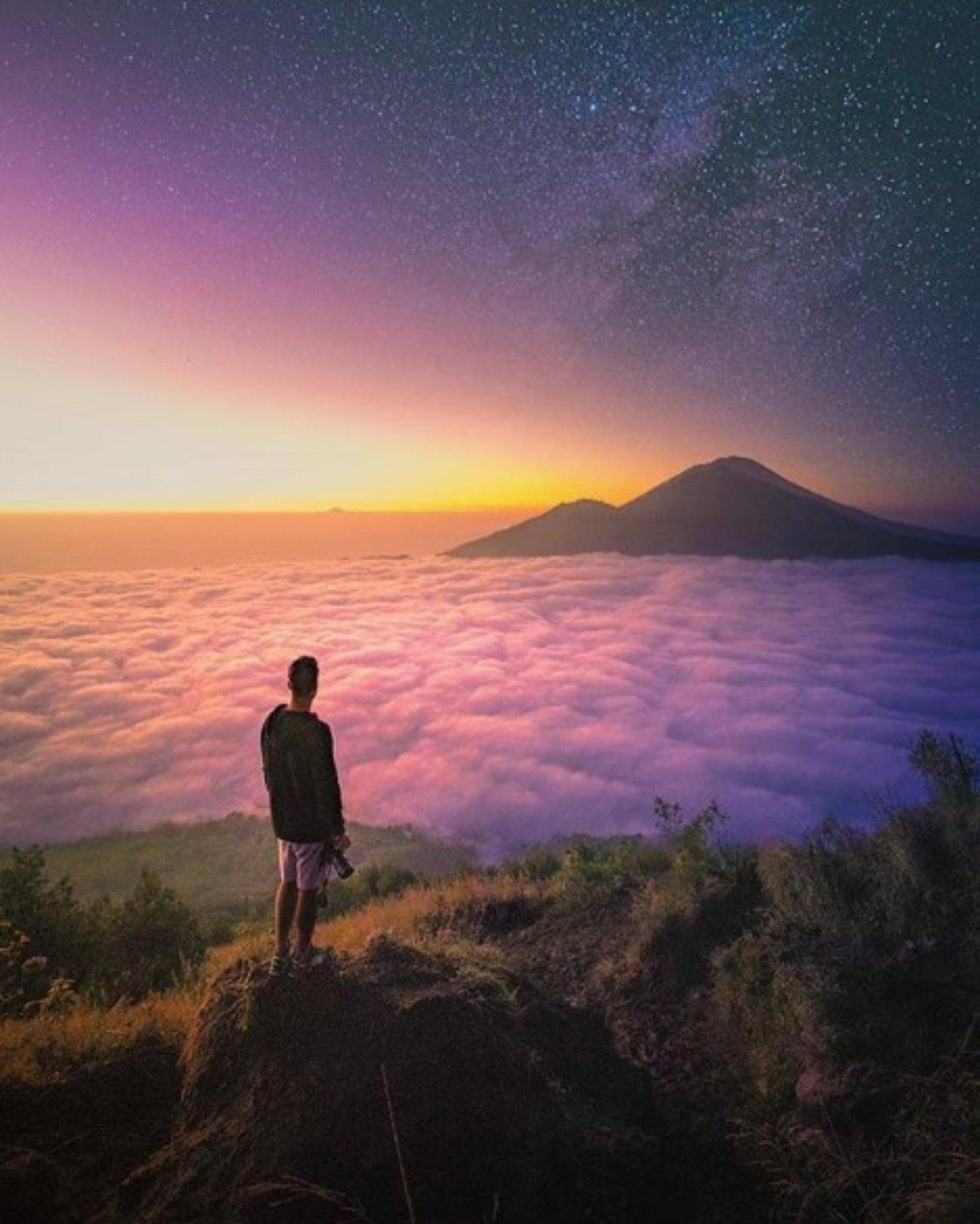 ascension du mont batur à  et faites entourer le volcan en voiture  safari -balilabelle