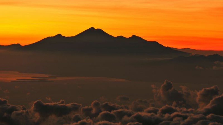 randonnée et Explorer Le Mont  batur au lever de soleil,balilabelle