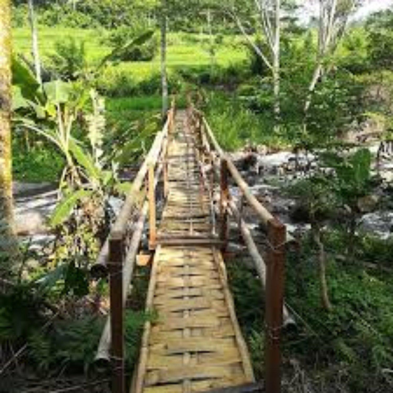 Notre conseil est de faire une promenade dans le village de Kastala dans le cadre de Gunung Agung et