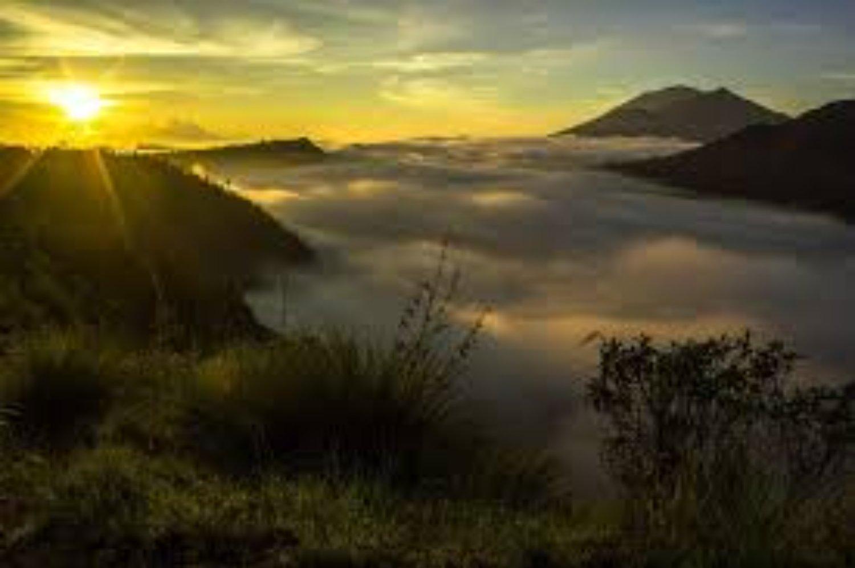 voyage à bali avec balilabelle L'ascension du mont Batur est très incroyable, surtout avec le lever