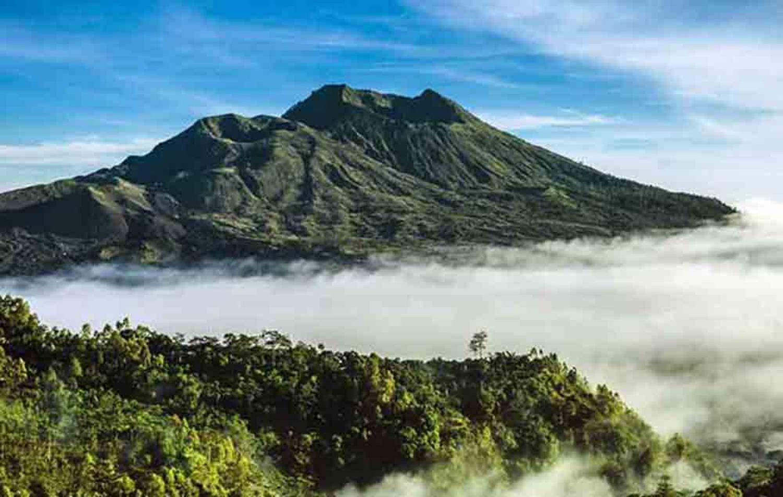 Mont Batur randonnée avec le lever du soleil est incroyable et inoubliable 2021