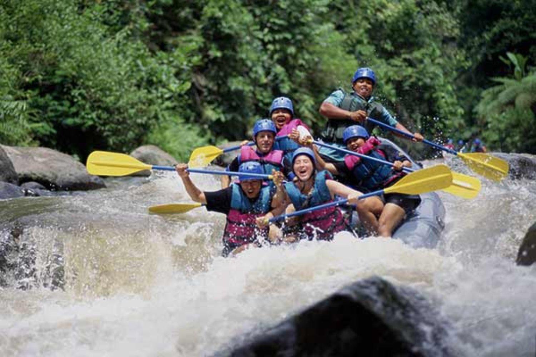 escalade du mont batur tres belle vue le soleil se leve avec du rafting ayung river