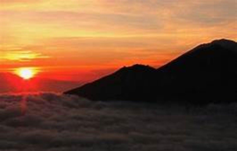 voir le lever du soleil et aussi la beauté du lac Batur,nos conseils faites l'ascension