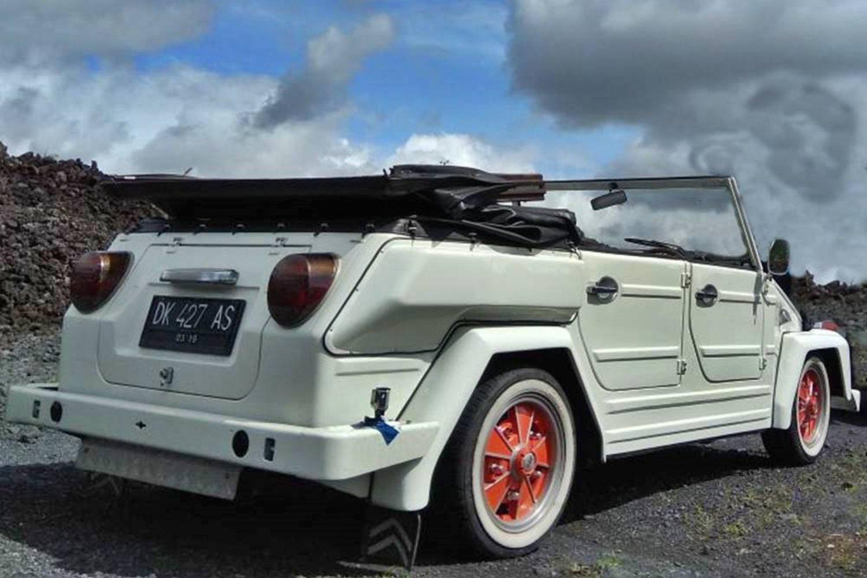 escalade du mont batur ,lever de soleil , et faites en safari avec volkswagen jeep