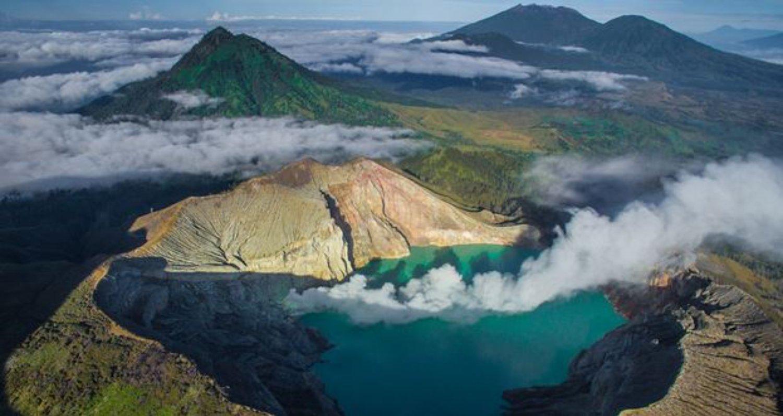 ascension  le mont ijen avec la panoramique tres incroyable